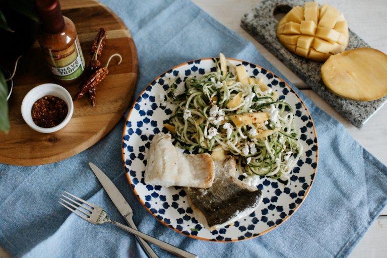 exotická treska a cuketové špagety