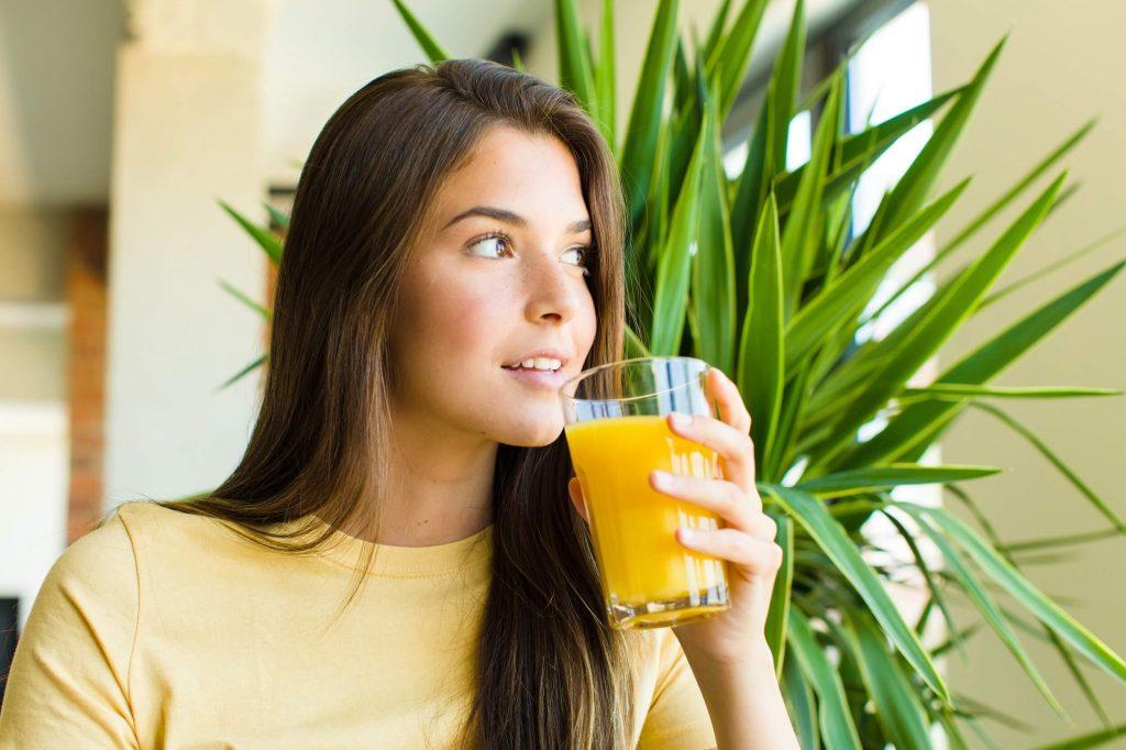 Ovocné džusy při hubnutí popíjejte s mírou.